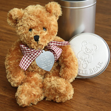 This cute bear delivers your personalised message!