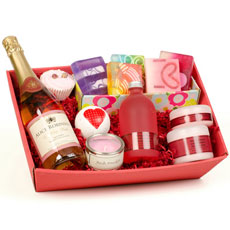 Luxury Pamper Pack with Personalised Wine